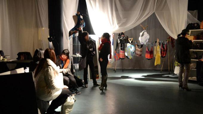 Bagging 4 more / Studio Zi